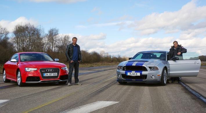 """""""GRIP - Das Motormagazin"""": Porsche Cayman S vs. Nissan 370Z Nismo / Matthias Malmedie im Shelby Mustang GT500 / Det sucht Bugatti / Sendetermin: Sonntag, 23. März 2014, um 18:00 Uhr bei RTL II"""