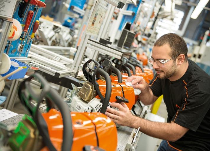 STIHL gibt Beschäftigungsgarantie bis 2020 und investiert kräftig in deutschen Standort