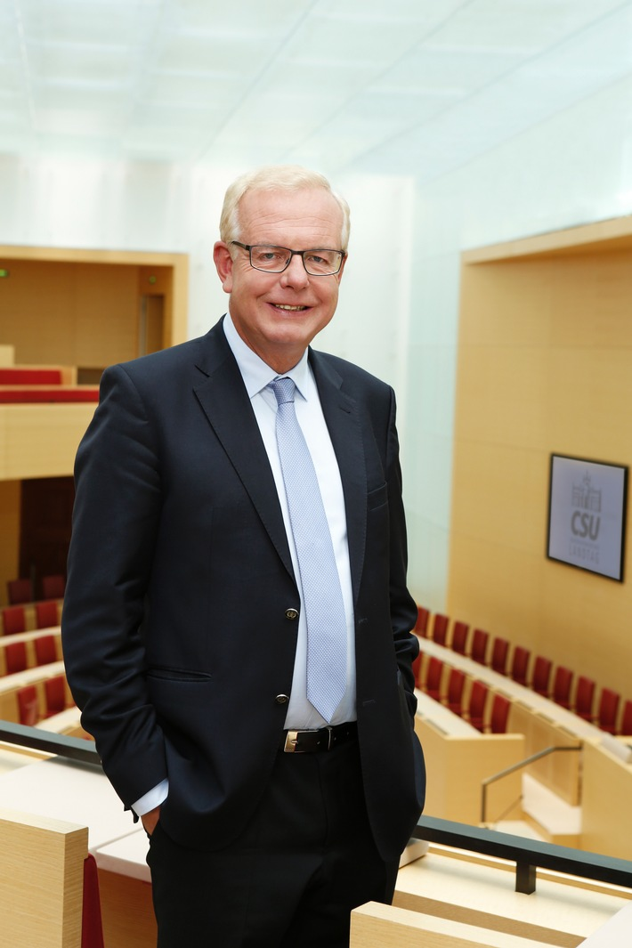 Thomas Kreuzer: Doppelpass ist ein echtes Integrationshindernis - EU-Beitrittsverhandlungen beenden / Notwendigen Diskurs zur Integration ohne linke Lebenslügen führen