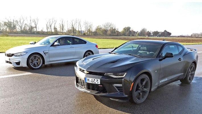 """GRIP - Das Motormagazin: """"Chevy Camaro gegen BMW M4"""""""
