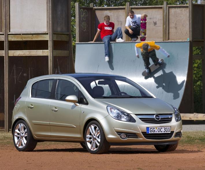 Mit neuem Opel Corsa auf den Spuren der jungen Fun-Generation