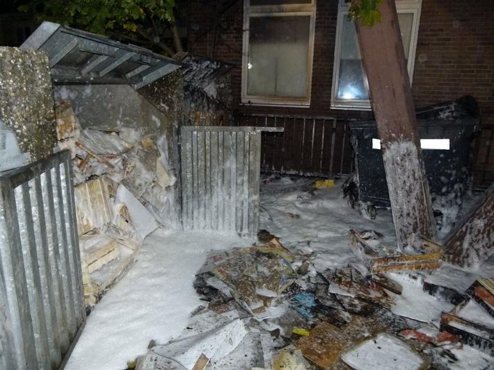 Auch ein Müllcontainer an der Ecke Görlitzer Straße Ecke Am Hügel wurde durch den Brand komplett zerstört.