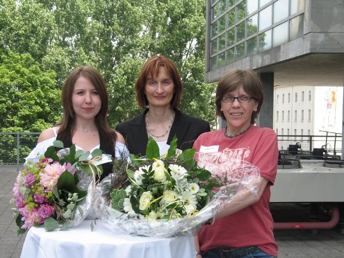 Société suisse de la sclérose en plaques, Prix SEP 2006: Deux jeunes femmes font preuve d'engagement !