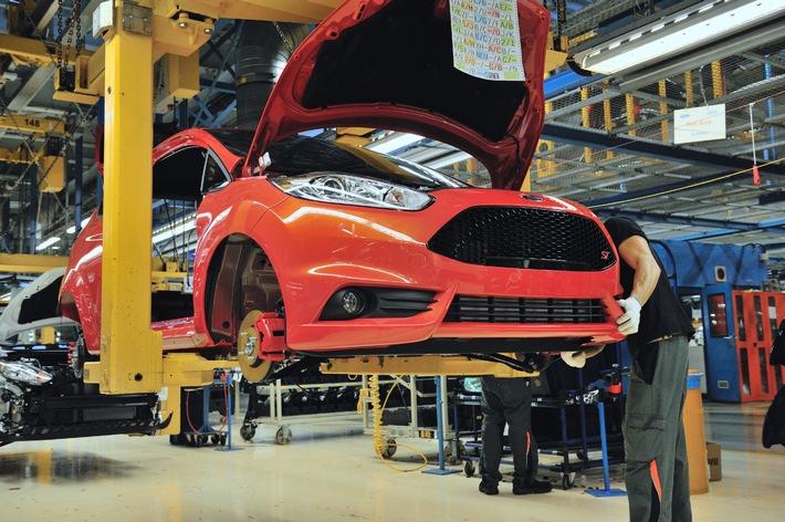 (Korrektur: Ford startet die Produktion des neuen Ford Fiesta ST / 11:54) (BILD)