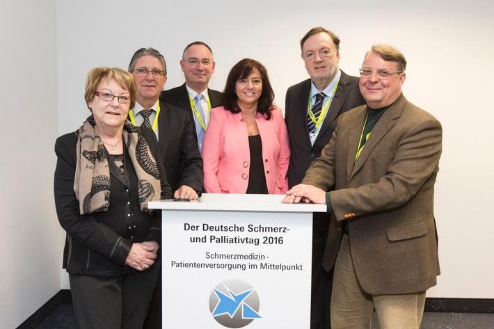 Die VersorgerGesellschaft im Auftrag der Schmerzpatienten / Deutscher Schmerz- und Palliativtag - für eine angemessene Patientenversorgung