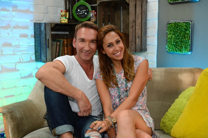"""""""Promi Big Brother - Die Late Night Show"""" mit Jochen Bendel und Melissa Khalaj ab Freitag, 14. August, live auf sixx"""