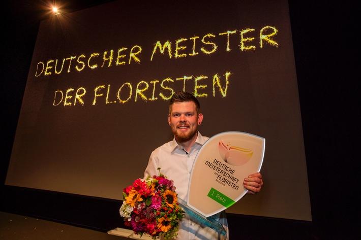 Stephan Triebe aus Hamburg gewinnt die Deutsche Meisterschaft der Floristen 2016