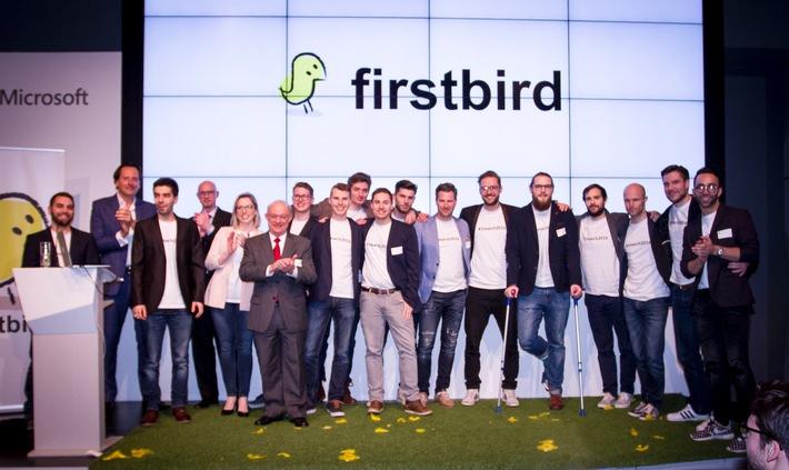 Firstbird launcht weltweit erstes kostenfreies Mitarbeiterempfehlungsportal