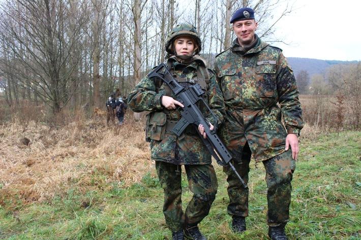 """Palina Rojinski als Soldatin: """"Ich bin am Ende meiner Kräfte"""""""