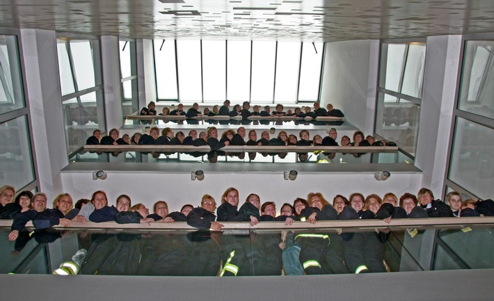 FW-E: 18. Bundeskongress der Berufsfeuerwehrfrauen in Essen erfolgreich beendet, für ein Wochenende lag die Frauenquote um den Faktor 25 höher