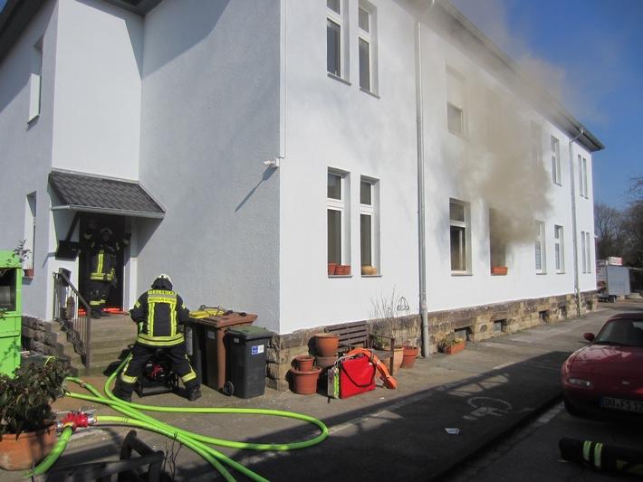 FW-MH: 2 Zimmerbrände beschäftigen die Feuerwehr Mülheim an der Ruhr - keine Verletzten!