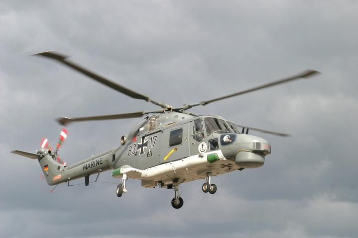 """Deutsche Marine: Pressetermin - """"Im Einsatz für den Frieden"""" - Bundesminister der Verteidigung besucht auf seiner Sommerreise Marineflieger in Nordholz"""
