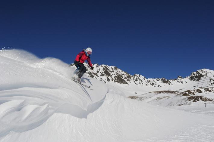 """05.-09.03.2012: """"Slide on Snow"""" SIGB Ski Test führt einen der wichtigsten englischen Skitests im Kühtai durch"""