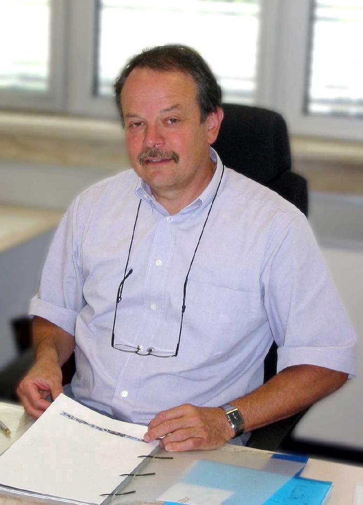 """Robert Surber, Président de la Commission des examens, répond aux questions en rapport avec le thème de la """"licence de transports"""""""