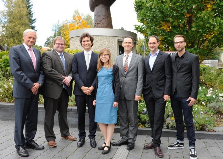 Stiftung RUFZEICHEN GESUNDHEIT! vergibt heute ihren Gesundheits- und Medienpreis 2015