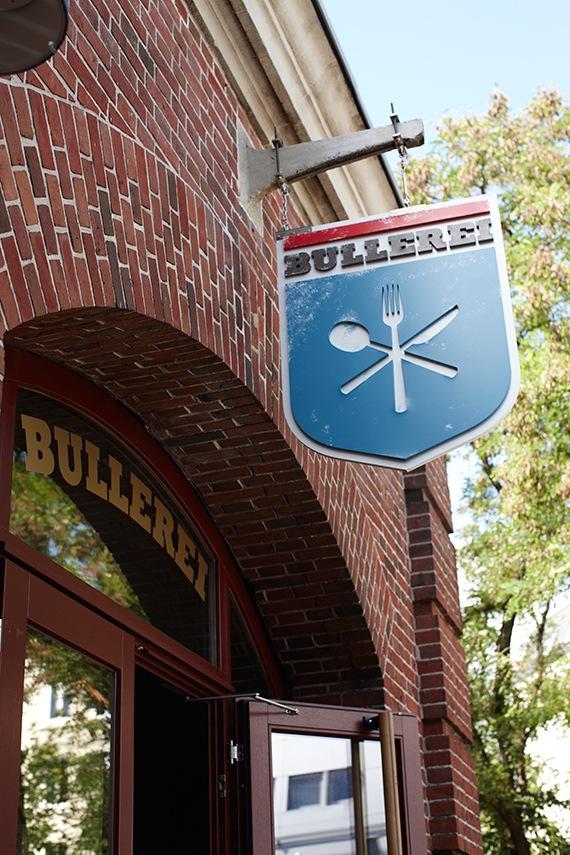 """Hamburger Spitzenrestaurant """"Bullerei"""" setzt auf Live-Sportübertragungen von Sky"""