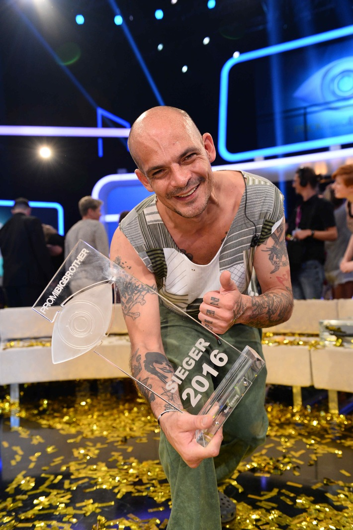 "Ben Tewaag gewinnt ""Promi Big Brother"" 2016"