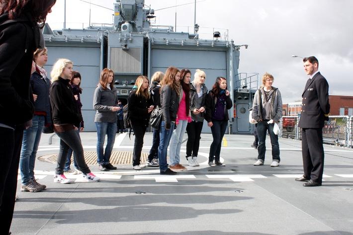 Marine - Pressemitteilung: GIRLS' DAY bei der Marine