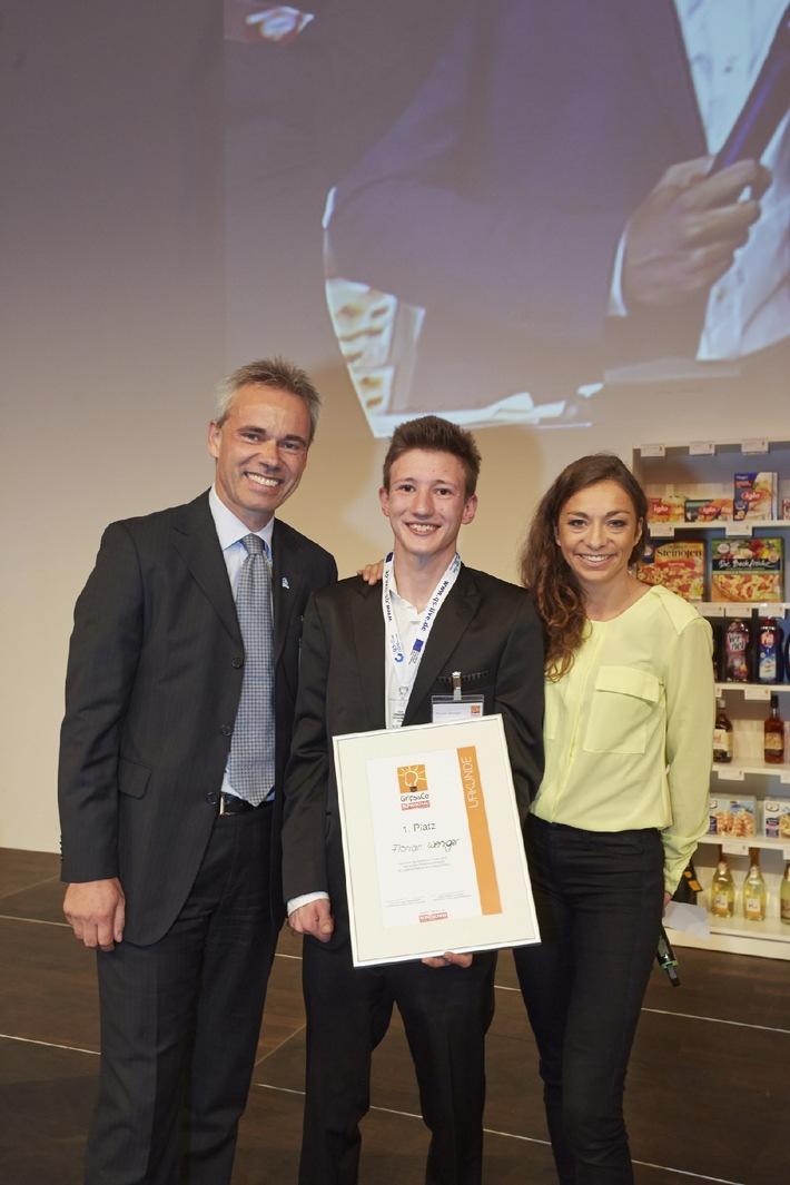 Qualität setzt sich durch: Lidl-Azubi ist beste Nachwuchskraft / Florian Weniger entscheidet Finale des Grips&Co-Wettbewerbs für sich