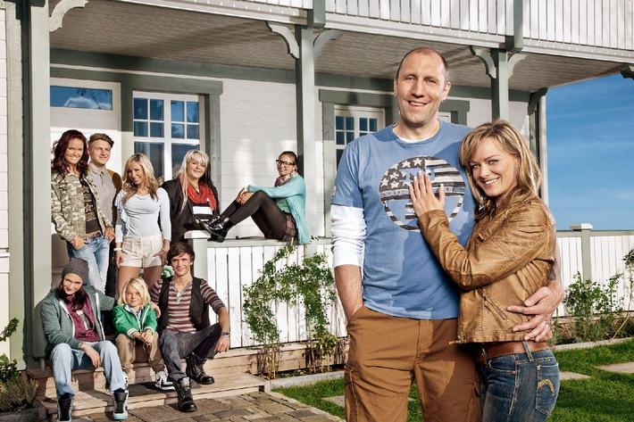 """Eine schrecklich nette Großfamilie: SAT.1 dreht neue Vorabend-Soap """"Patchwork Family"""" (AT) in Berlin"""