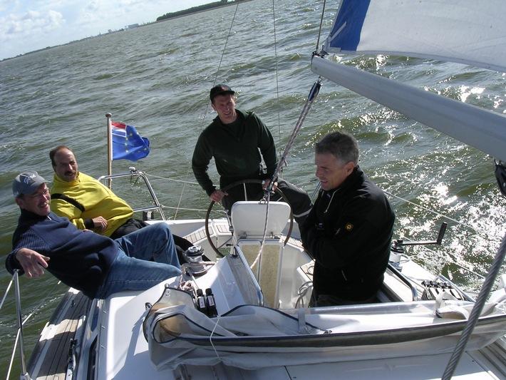 POL-DN: 05090801 Polizeiboot beim European Copperscup