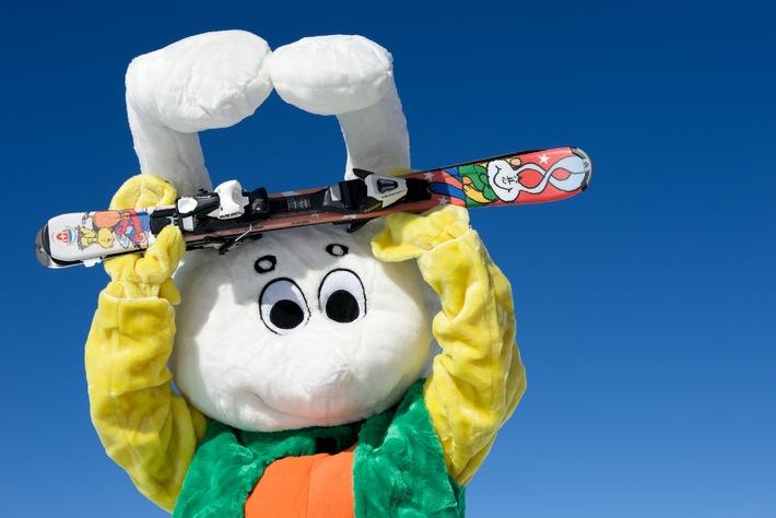 Kooperation zwischen Intersport und den Schweizer Skischulen / Snowli hat jetzt seinen eigenen Ski (BILD)