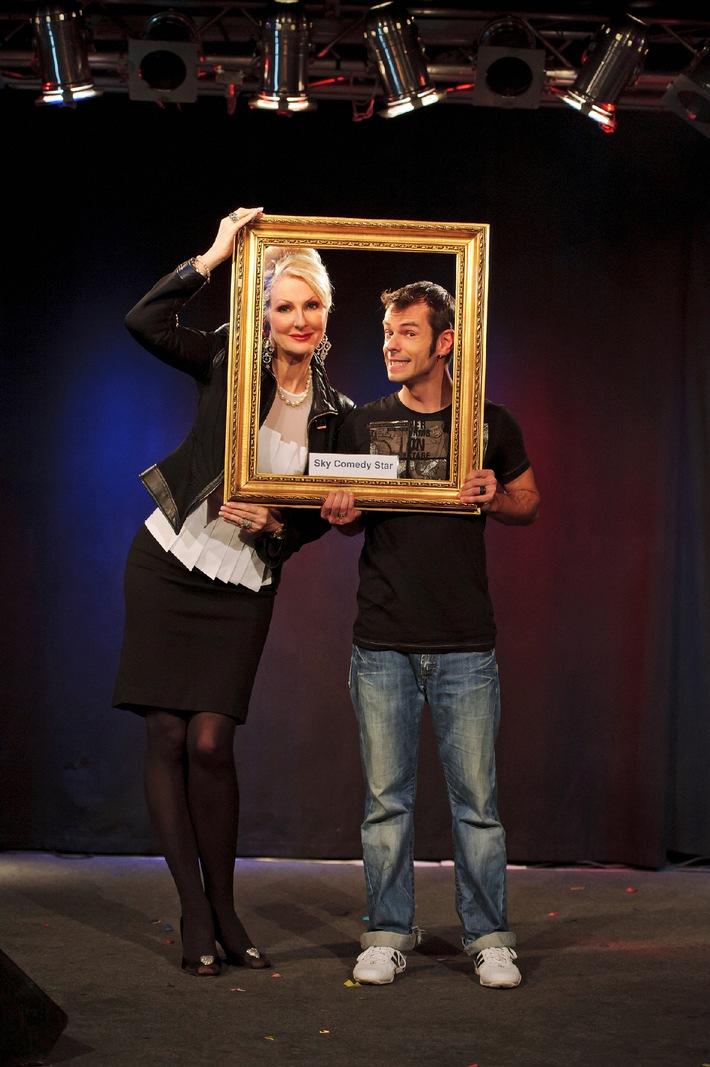 """Entscheidung bei """"Sky Comedy Star(ter)s"""": Der Berliner Yves Macak gewinnt und wird Gesicht von Sky Comedy (mit Bild)"""