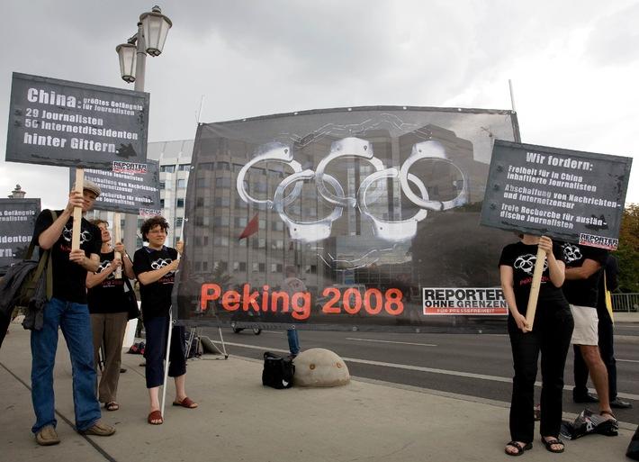 Olympia-Eröffnung: ROG protestiert weltweit / Online-Demo vor Stadion / Piratensender in Peking zu Presse- und Meinungsfreiheit