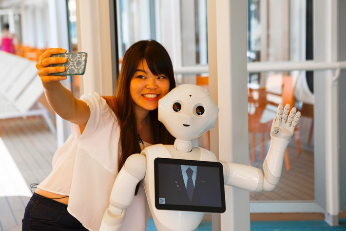 Roboter Pepper geht an Bord der Costa Diadema