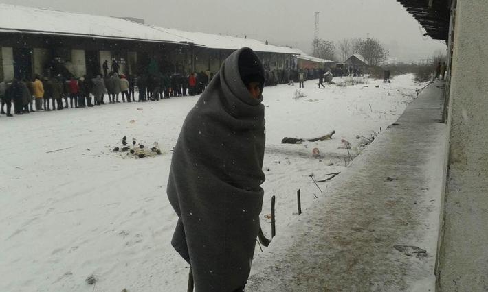 Le froid met 75'700 réfugiés en situation de détresse dans les Balkans