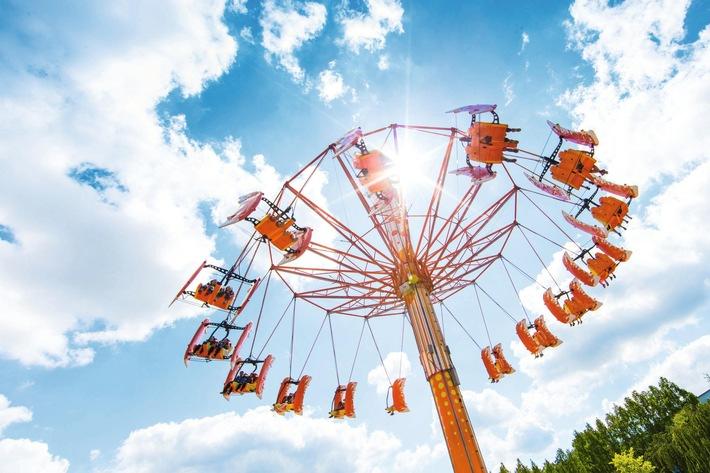 Freizeit- und Ferienparks boomen europaweit - alltours baut dieses Spezial-Angebot weiter aus / Zahlreiche neue Freizeit- und Ferienparks im aktuellen Sommerkatalog