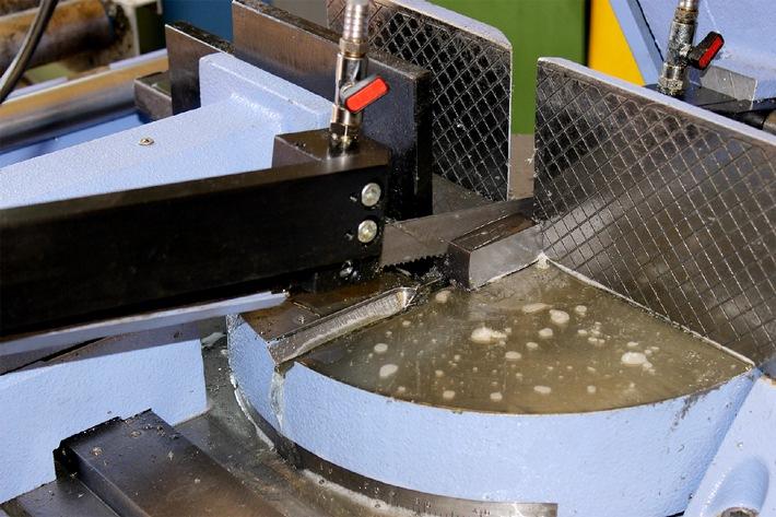 Durchbruch-Innovation: Schmieren mit funktionellen Proteinen / GELITA entwickelt neuen Grundstoff für ölfreie, biologisch abbaubare Kühlschmierstoffe