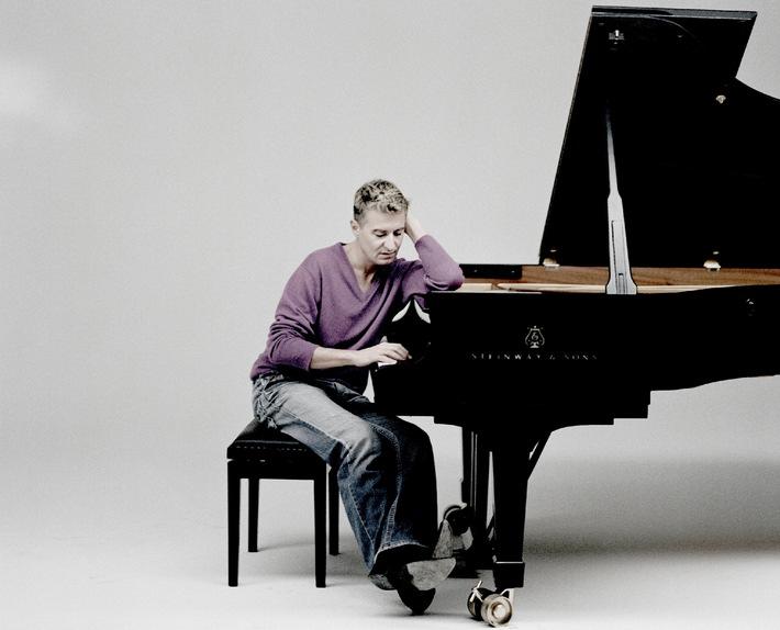 Vierte Tournee der Migros-Kulturprozent-Classics 2009/2010  Royal Liverpool Philharmonic Orchestra mit Jean-Yves Thibaudet in der Schweiz