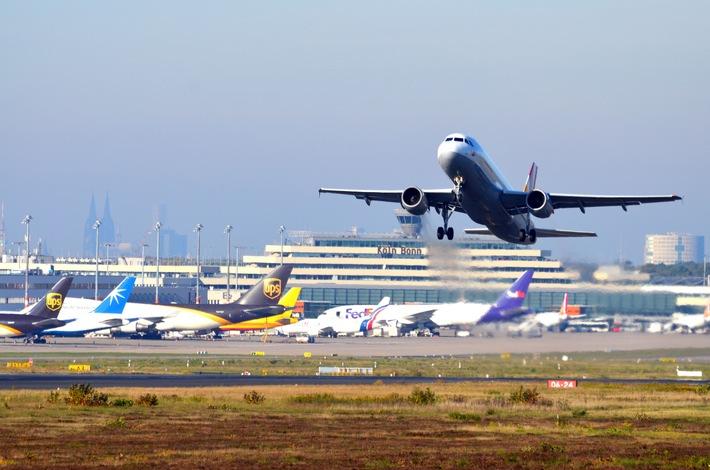 Im Sommer in die ganze Welt / 124 Ziele im neuen Sommerflugplan / Premiere für Eurowings-Langstrecken