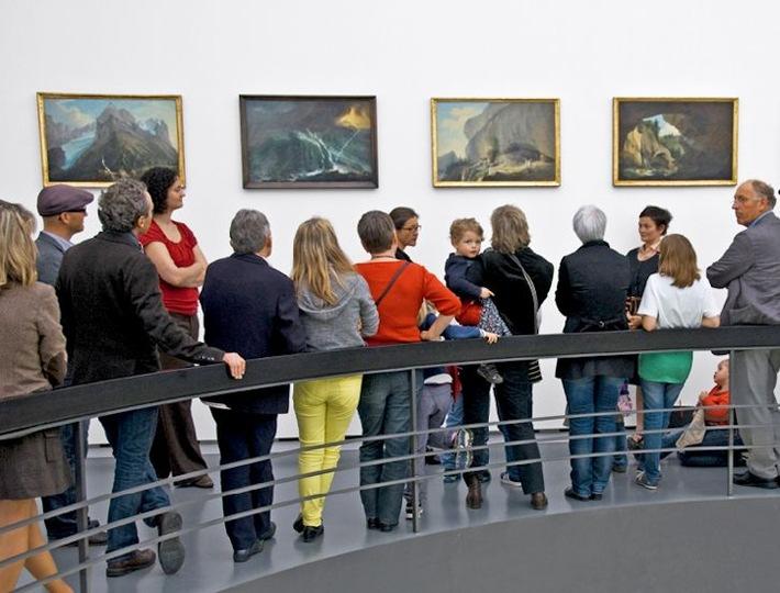 Il Percento culturale Migros lancia un progetto intergenerazionale per i musei / Incontro tra generazioni al museo