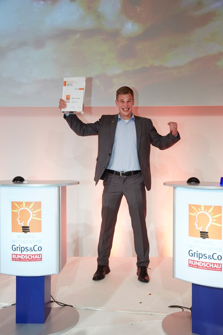 """Doppelsieg: Lidl-Azubis sind beste Nachwuchskräfte Deutschlands / Beim """"Grips&Co""""-Wettbewerb belegten Lidl-Azubis die ersten beiden Plätze"""