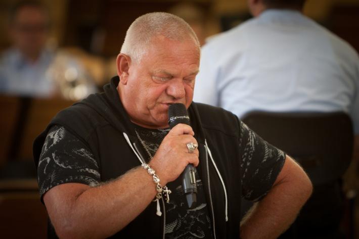 Heavy Metal mit der Bundeswehr / Interview mit Udo Dirkschneider, Sänger der deutschen Heavy-Metal-Band U.D.O. vom 23.06.2015