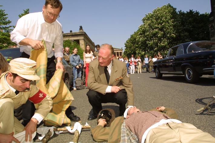 Die Johanniter werden 50 / Heute eine der großen Hilfsorganisationen Deutschlands