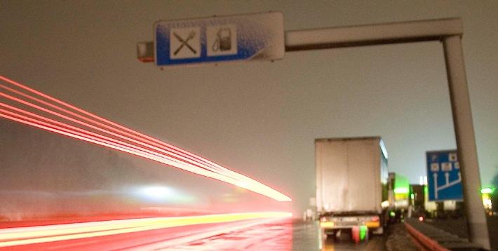 Geld spielt keine Rolle in Rheinland-Pfalz / Dr. Kaufmann vom rheinland-pfälzischen Verkehrsministerium lehnt Haushaltseinsparungen in Millionenhöhe ab