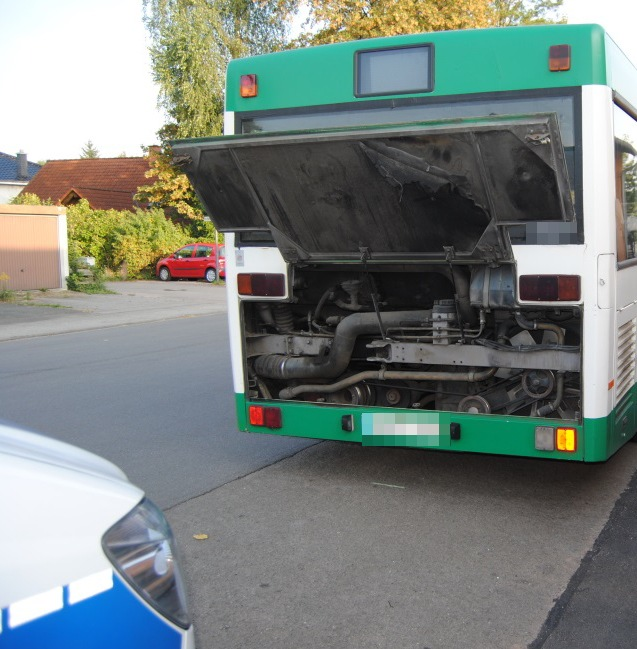 POL-PPWP: Schulbusse unter die Lupe genommen