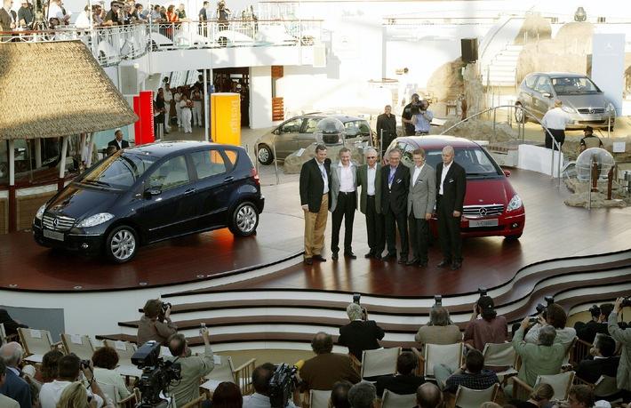Weltpremiere der neuen A-Klasse - Zweite Generation des Mercedes-Bestsellers setzt Standards in puncto Design, Sicherheit, Zuverlässigkeit und Variabilität