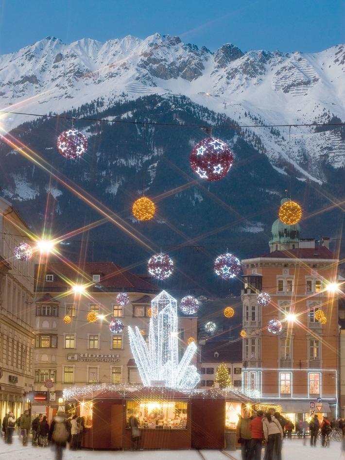 Bergweihnacht Innsbruck: Vier Weihnachtswelten vor glitzernder Bergkulisse