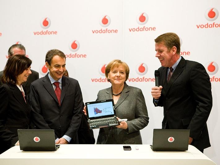 CeBIT 2010: Bundeskanzlerin Angela Merkel zu Besuch bei Vodafone