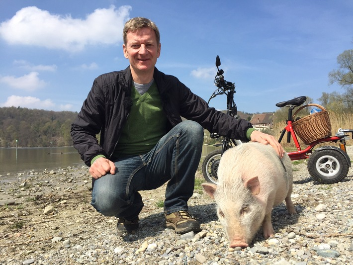 """Michael Kessler auf Expedition """"Mit Schwein am Rhein"""" - Zweiteiliges Reiseabenteuer am 22. und 29. Juli im rbb"""