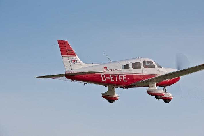 Airberlin flightschool informiert ber pilotenausbildung for Tag der offenen tur berlin