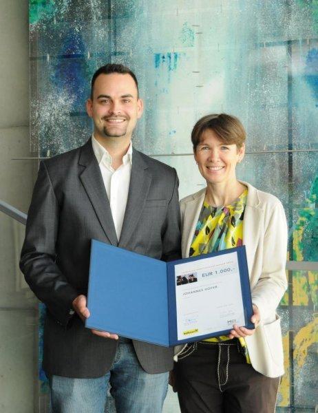 Engagierte MCI Studierende mit Raiffeisen International Award ausgezeichnet - BILD