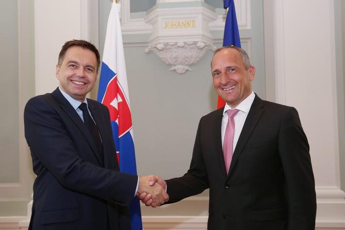 ikr: Slowakische EU-Präsidentschaft - Finanzminister Peter Kazimir zu Besuch in Vaduz