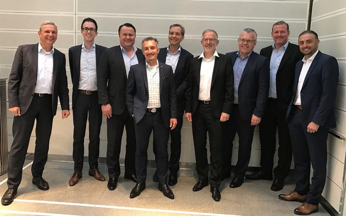 Neues Schwergewicht am Beratermarkt: Q_PERIOR fusioniert mit P5group und erweitert Portfolio im Bereich Banking