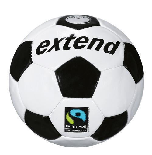 Migros: SportXX inserisce in assortimento un pallone Max Havelaar