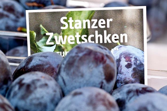 """Stanz brennt und Genussfestwoche """"Stanzer Zwetschke"""""""